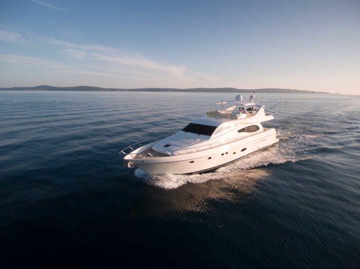 Marino Yacht
